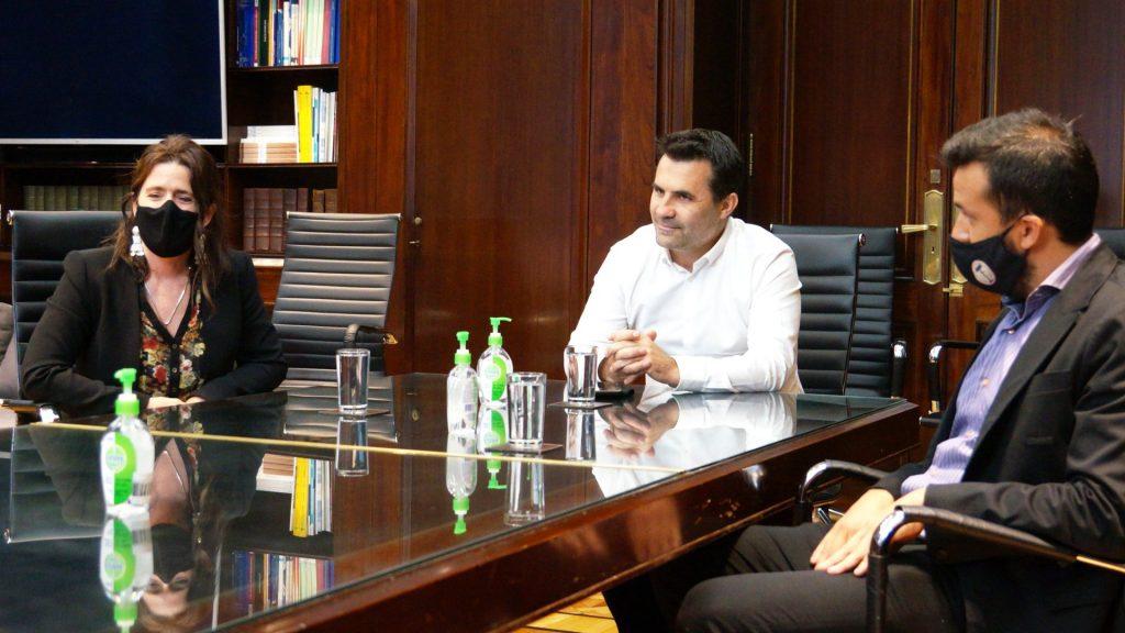 ministro de desarrollo productivo y Dario Martinez