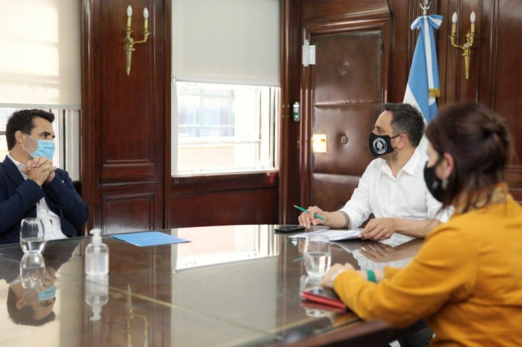 El ministro de Ambiente de Nación recibió a las autoridades del ente Interestadual Pulmarí