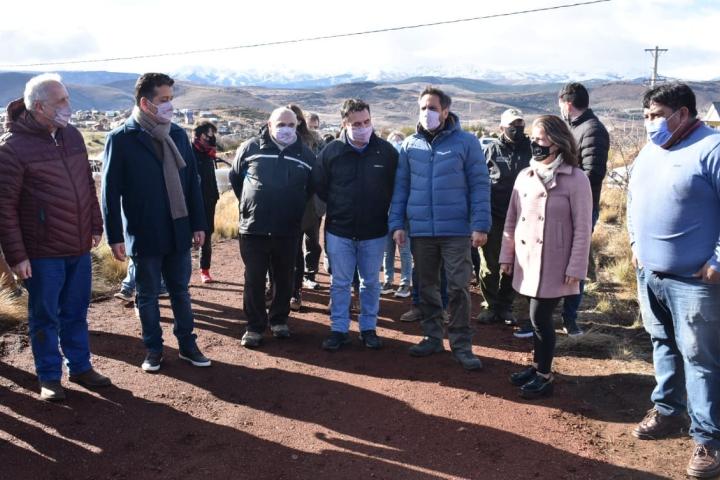 El Ministro Nacional de Ambiente y Desarrollo Sostenible visitó Aluminé y la C.I.P.
