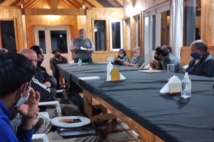 Pampa Inda: Encuentro de trabajo entre concesionarios ganaderos y autoridades de la CIP